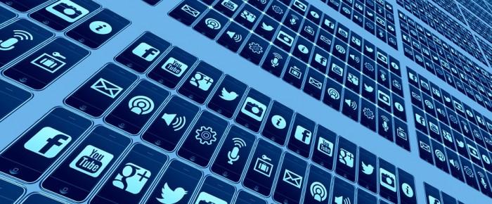 Faire parler de vos produits : votre blog et un influenceur pour réussir votre coup