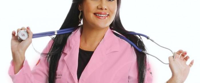 Rester féminine quand on travaille dans le médical, c'est possible !